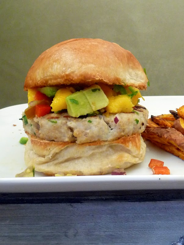 Tilapia Burger with Mango Salsa | LifeTastesGood.blogspot.com