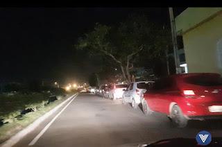 http://vnoticia.com.br/noticia/2764-greve-dos-caminhoneiros-provoca-crise-de-abastecimento-em-sfi
