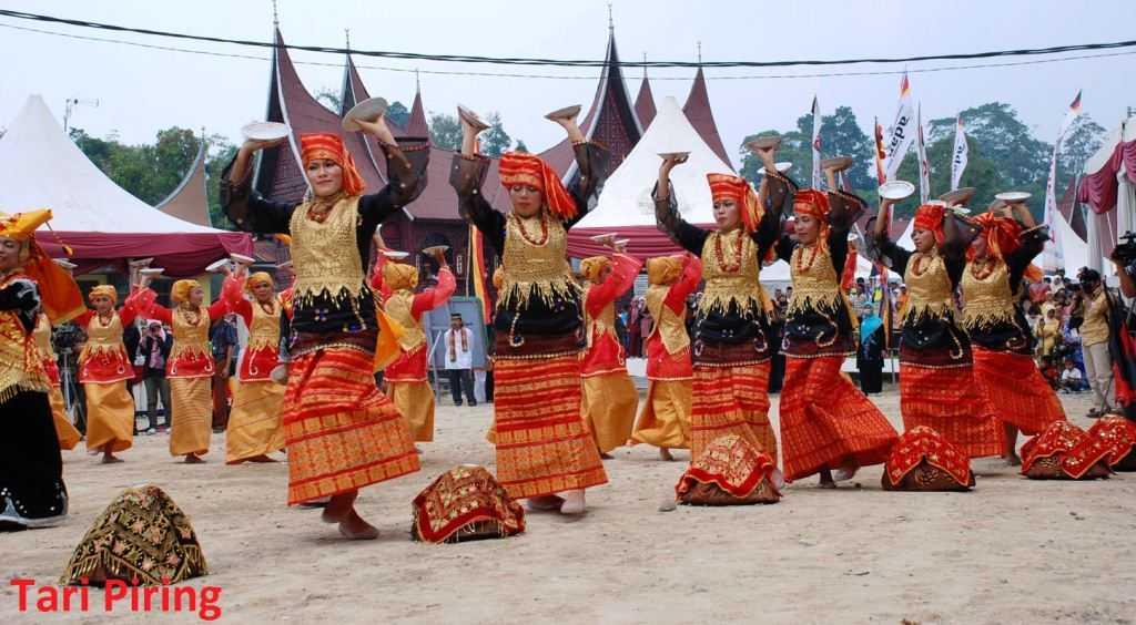 Sumatera Barat: Kampuang nan Jauh di Mato (lirik & chord + not angka)