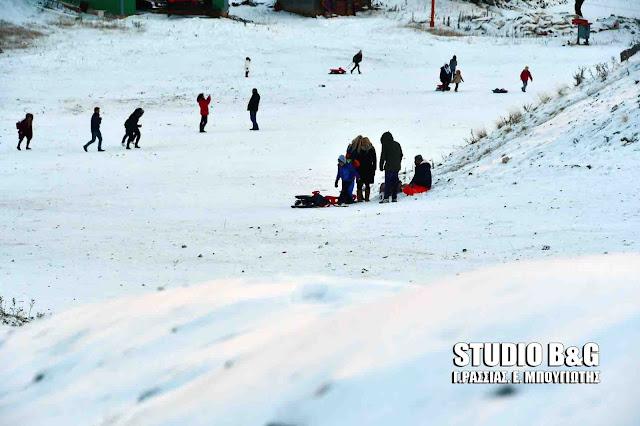 Εκπληκτικό το χιονισμένο Μαίναλο (βίντεο)