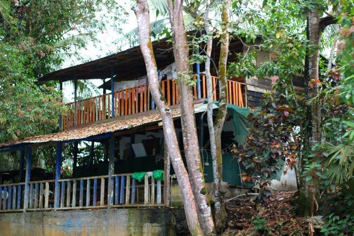 What do houses look like in Costa Rica
