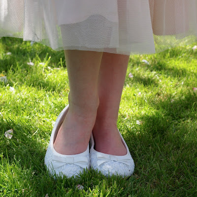 These pretty ballet pumps go with everything, they would make great flower girl shoes