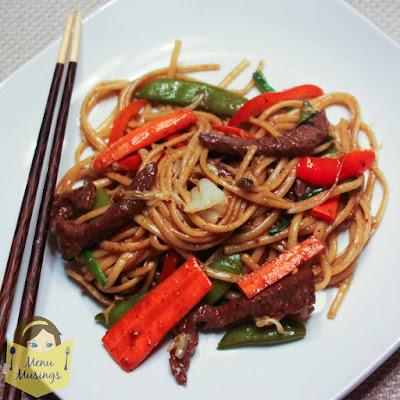 Easy Beef Lo Mein_menumusings.com