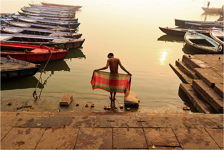 Emerging Photographers, Best Photo of the Day in Emphoka by Raja Subramaniyan