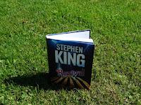 Kniha Revival od krále hororů Stephena Kinga, ideální čtení na léto
