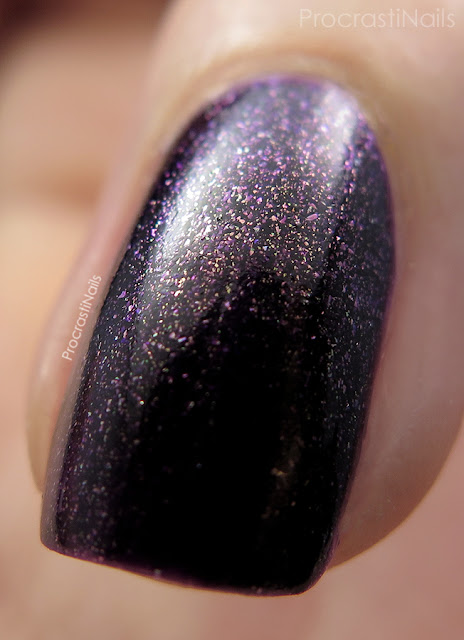 Macro of OPI First Class Desires from the 2014 Gwen Stefani Holiday Collection