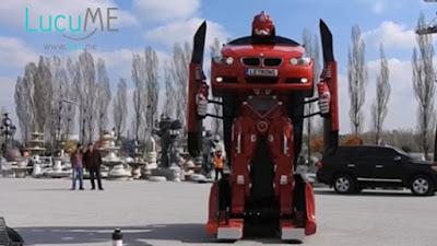 Mobil Ini Bisa Berubah Menjadi Robot Layaknya di Film Transformers