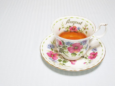 August Tea-Cup pic