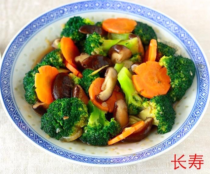 stir fried broccoli recipe by SeasonWithSpice.com