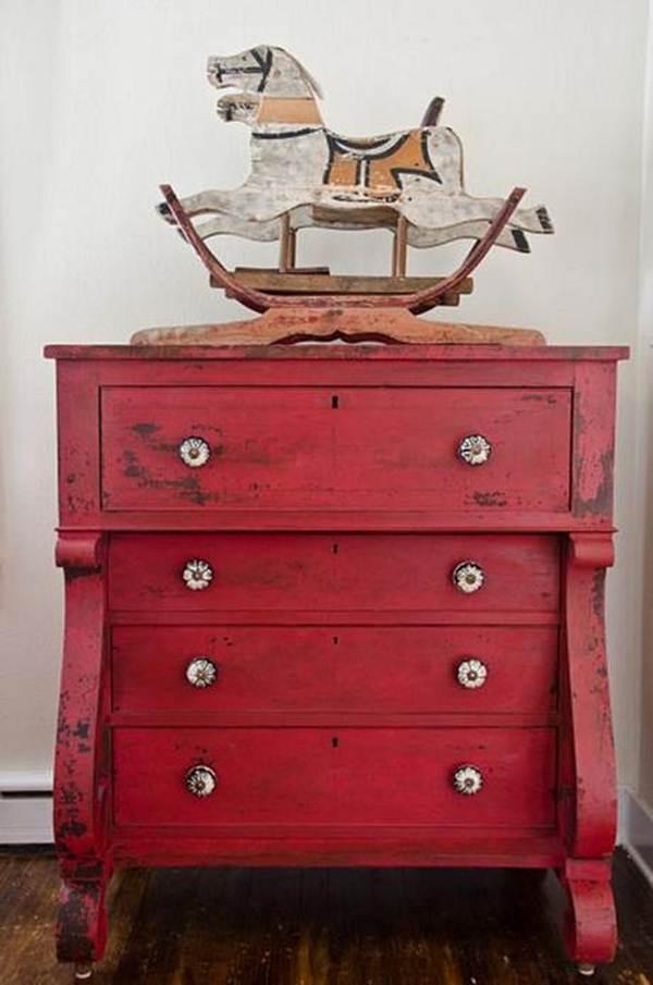 5 Ideas for Restoring Old Furniture 3