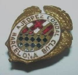 Insignia esmaltada del Ajedrez Condal Club