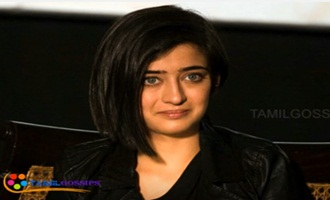 Akshara hassan acts in bollywood movie !