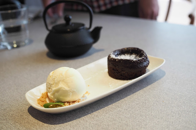 Chocolate Lava cake with Ice-cream