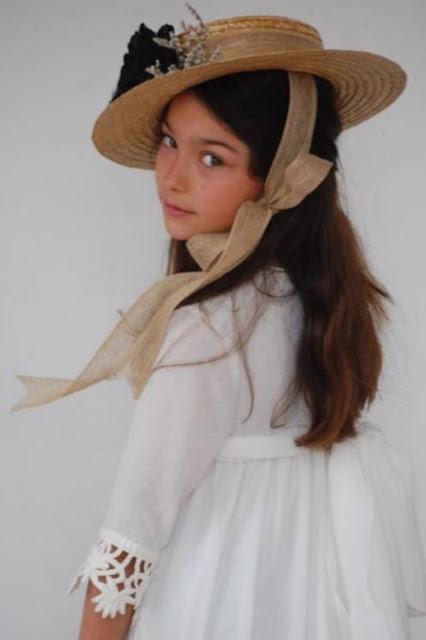 #canotier #niña #QueSeNoteCollections #modaceremonia #pequeñafashionista
