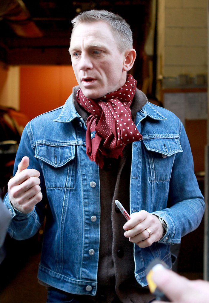 Scarfs Men Scarf And Casual On Pinterest Nice Scarves: Codemilabe: A MAN'S GUIDE TO THE SCARF