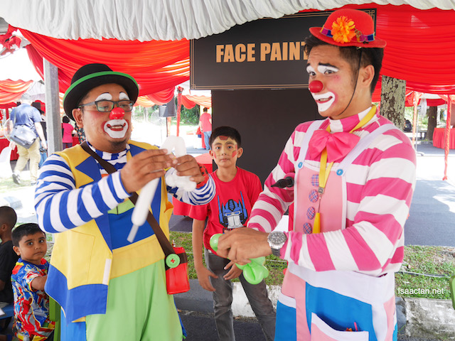 Clowns were present to entertain both kids and adults