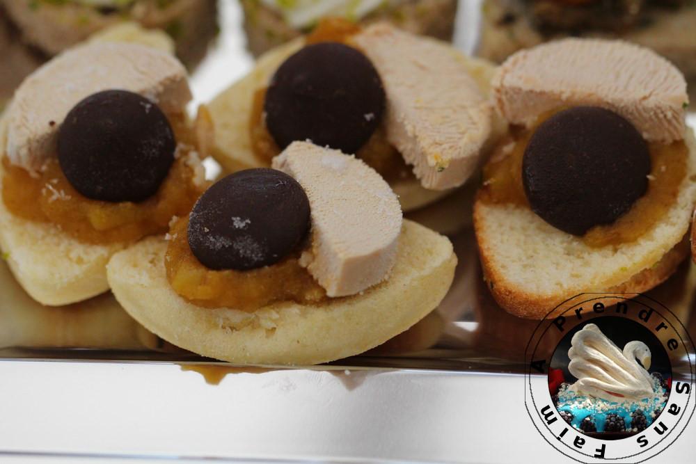 Navette chutney mangue abricots foie gras chocolat