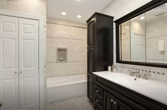 Luxury Brooklyn Brownstone (Kosher) Bathroom