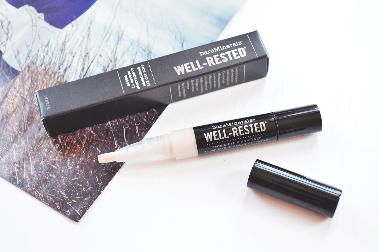 bareminerals well rest eye and face brightner