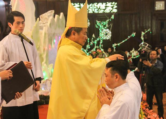 Lễ truyền chức Phó tế và Linh mục tại Giáo phận Lạng Sơn Cao Bằng 27.12.2017 - Ảnh minh hoạ 122