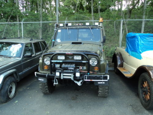 1985 uaz 469b 4x4 russian military jeep for sale in usa. Black Bedroom Furniture Sets. Home Design Ideas