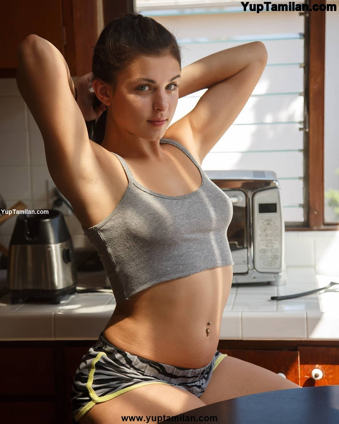 50+ Leah Gotti Sexiest Bikini,Bra Photos-Seducing HD Images