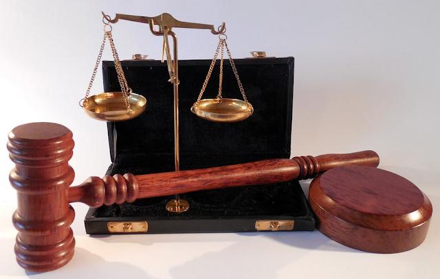 Czy warto korzystać z usług prawnika?