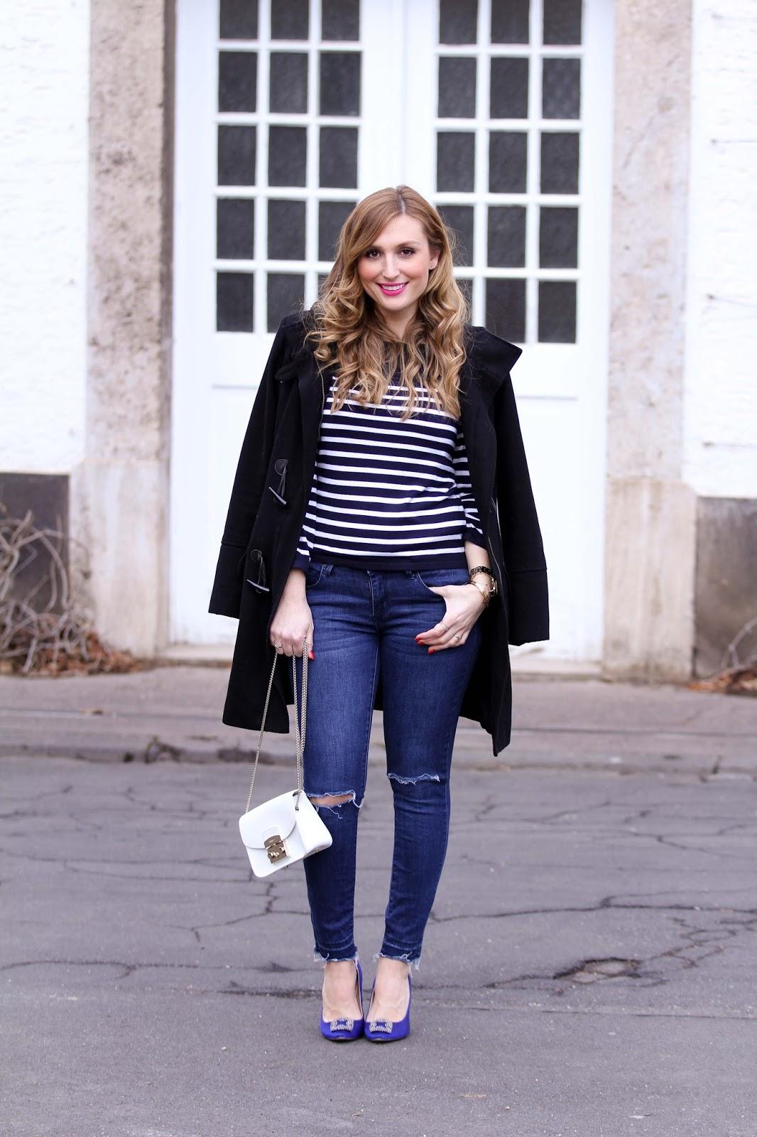 Blogger-aus-frankfurt-frankfurt-blogger-Marine-Look-Marine-Pullover-Streifenpulli-Weiße-Furla-Tasche