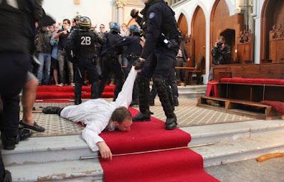 Ste Rita priest