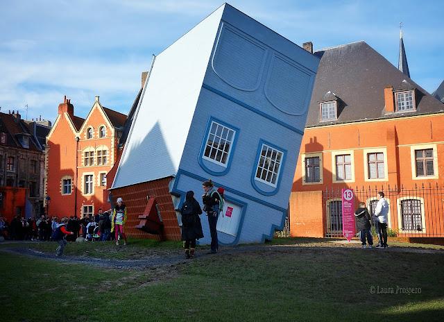 La maison tombée du ciel de Jean-François Fourtou © Laura Próspero