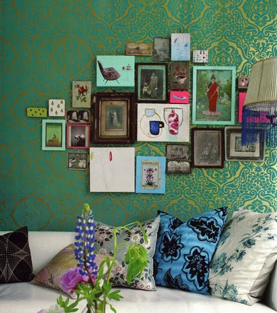 Lizas Kitchen: All About Abbie...: Freature Walls And Frames