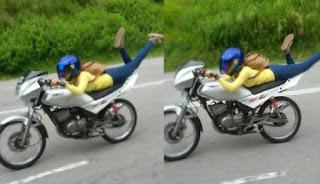 Sadis, Gadis Ini Kendarai Motor di Tol Bak Superman