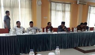 Bahas Ranperda Transportasi Darat , Komisi III DPRD Agam Konsultasi Organda dan PO