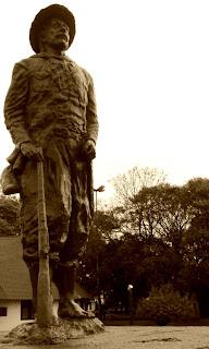 Monumento na Praça Central de Palmeira das Missões