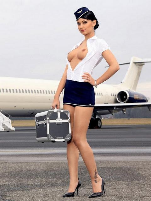 Эротика на самолете — pic 11