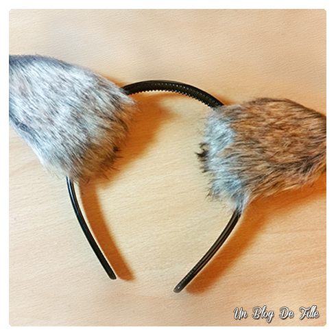 http://unblogdefille.blogspot.fr/2017/10/diy-costume-oreilles-de-loup-garou.html