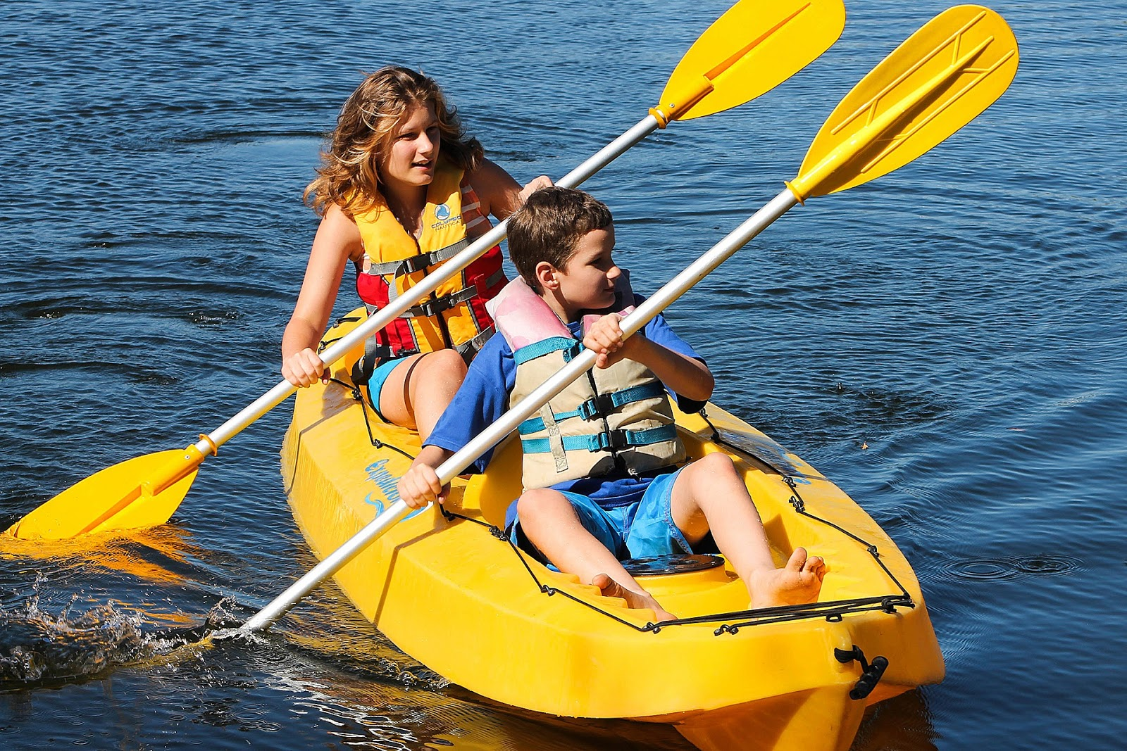 namc montessori Ideas for Non-Competitive Physical Education in the Montessori Environment family kayaking