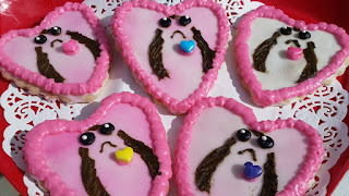 Even Chewie would eat these porgs valentine cookies