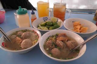 Bakso Solo Rindu Malam Surabaya, Kuliner Surabaya