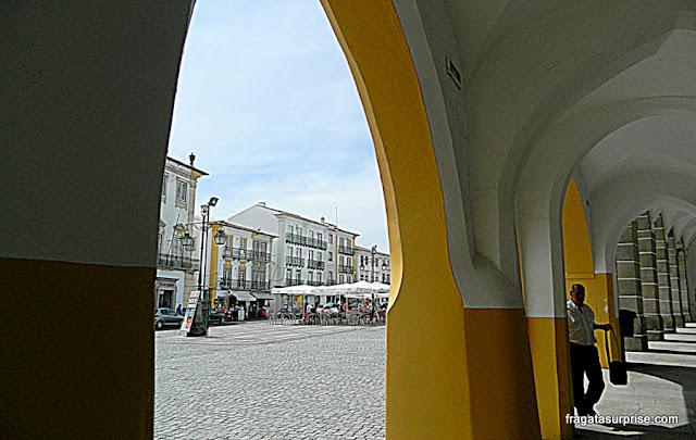 Arcadas mouras em Évora, Portugal