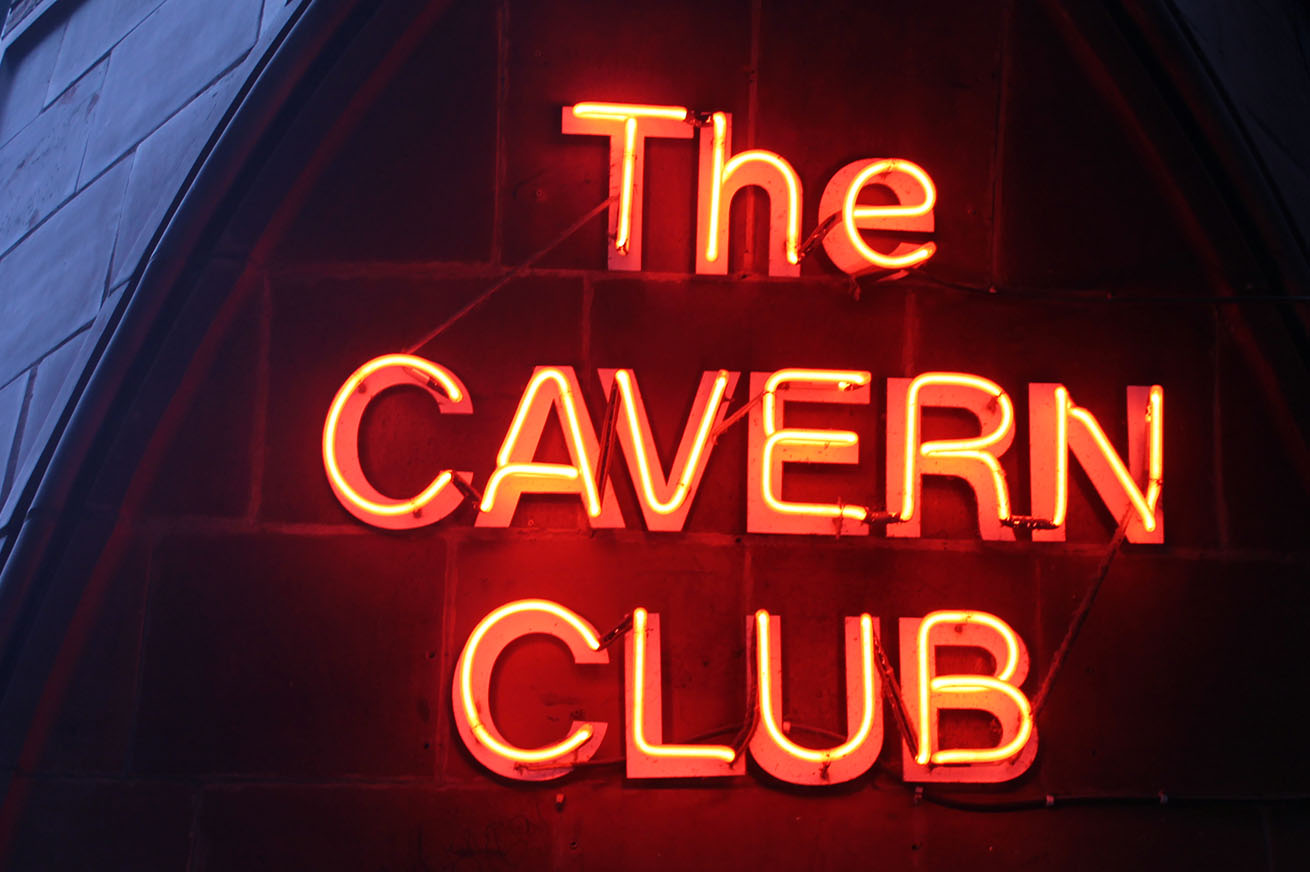 the Cavern Club neon sign on Mathew Street
