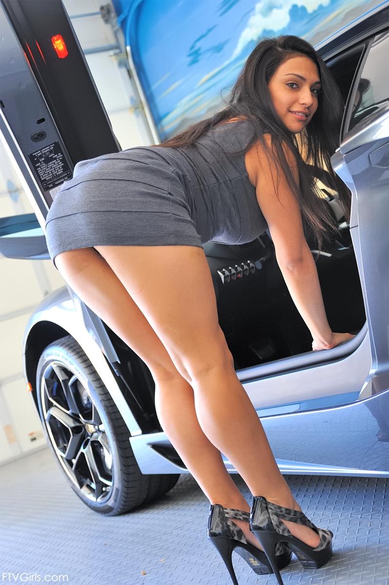 Babe Lamborghini Aventador And Sexy Sharon - Cars Mind-1084