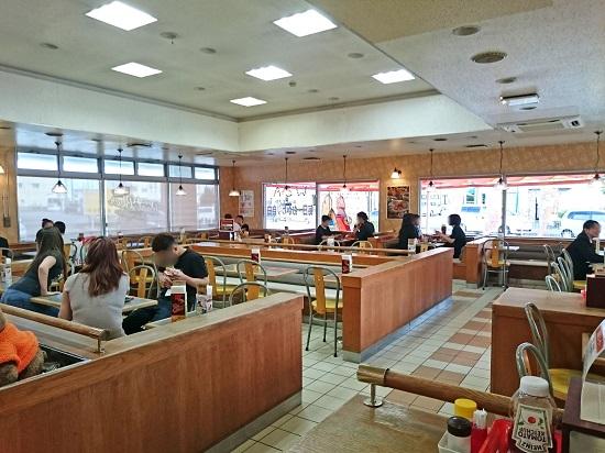 A&W沖縄 美里店の店内の写真