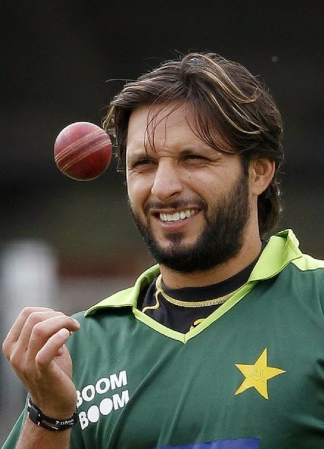 Very Cute Girl Hd Wallpapers Pakistani Cricketer Shahid Afridi Images Hd Wallpaper