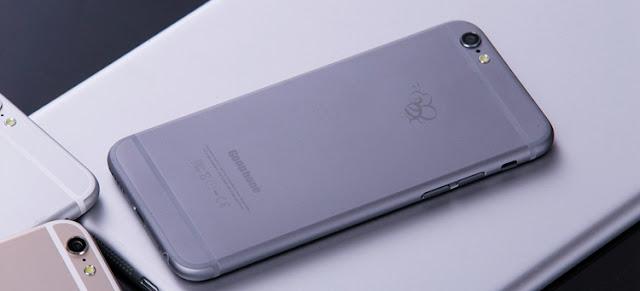 5 Smartphone Android ini Meliki Desain Yang Serupa Iphone | Apple, Gak bisa dipungkiri, iPhone memang adalah ponsel pintar paling diminati abad ini. Meski mahal harganya, gak jarang banyak orang rela menguras dompet dan celengan untuk bisa menjadi pemilik ponsel pintar buatan Apple tersebut.  Nah, buat kamu yang budgetnya pas-pasan gak perlu sedih. Meski gak bisa beli iPhone kamu bisa beli ponsel pintar yang secara desain mirip banget tapi harganya murah. Ponsel pintar apa saja yang dimaksud? Simak yuk langsung daftarnya di bawah ini.