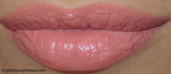 Charlotte Tilbury K.I.S.S.I.N.G Mini Lipstick Charm Bitch Perfect Swatch