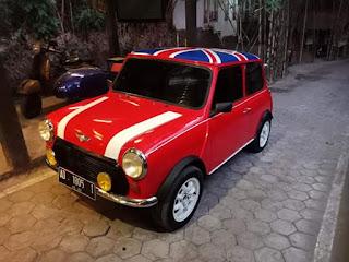 Dijual Morris Mini Cooper Merah Meriah