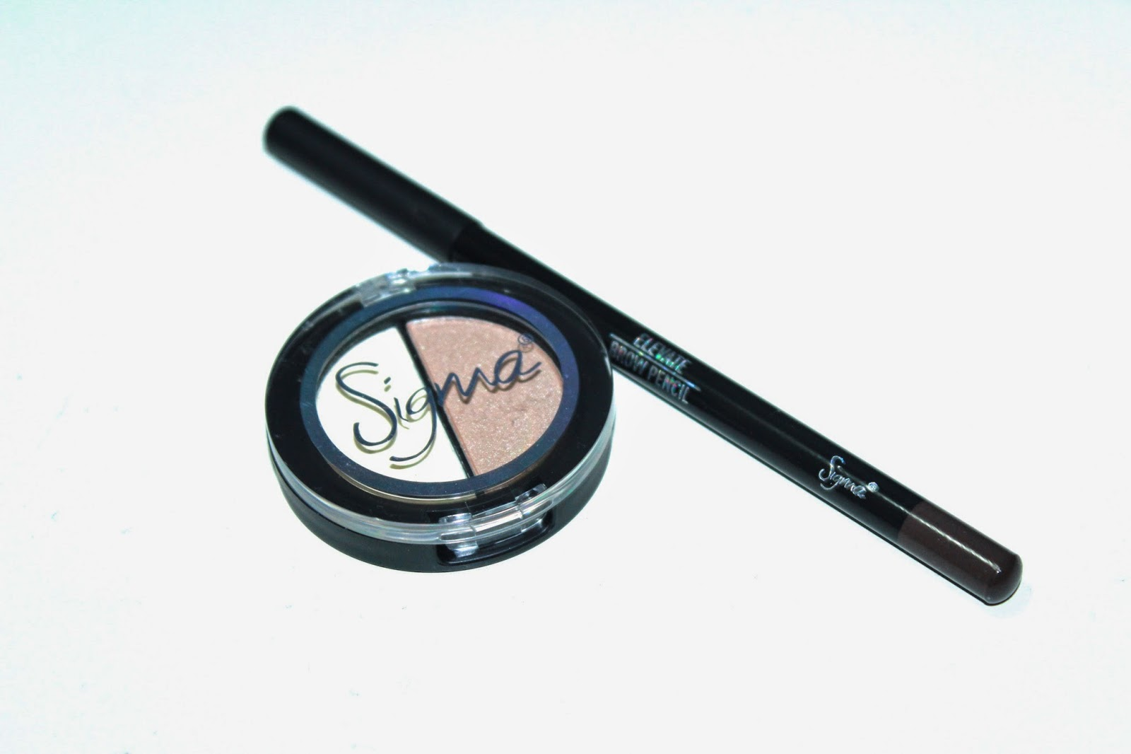Brow Highlighting Pencil by Sigma #14