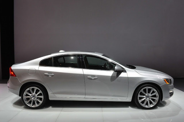 2016 Volvo S60 Inscription Owners Manual Pdf