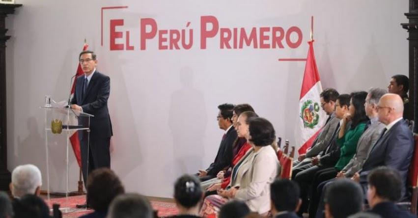 Presidente Vizcarra no viajará al exterior hasta que asuma nuevo Congreso